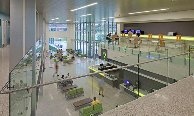 Metropolitan State University of Denver Student Success lobby upstairs